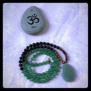 Jewelry - Mala Beads - Jade, onyx & wood beads NWOT